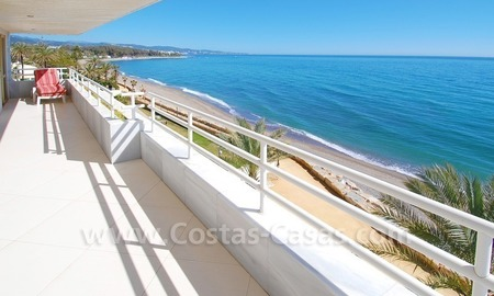 Beachfront contemporary apartment for sale, Golden Mile, Marbella 3