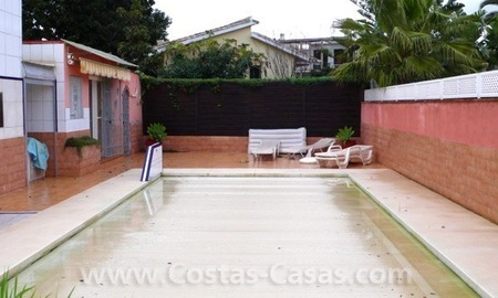 Cozy detached villa to buy on sea side in East of Marbella 5