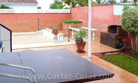 Cozy detached villa to buy on sea side in East of Marbella 2