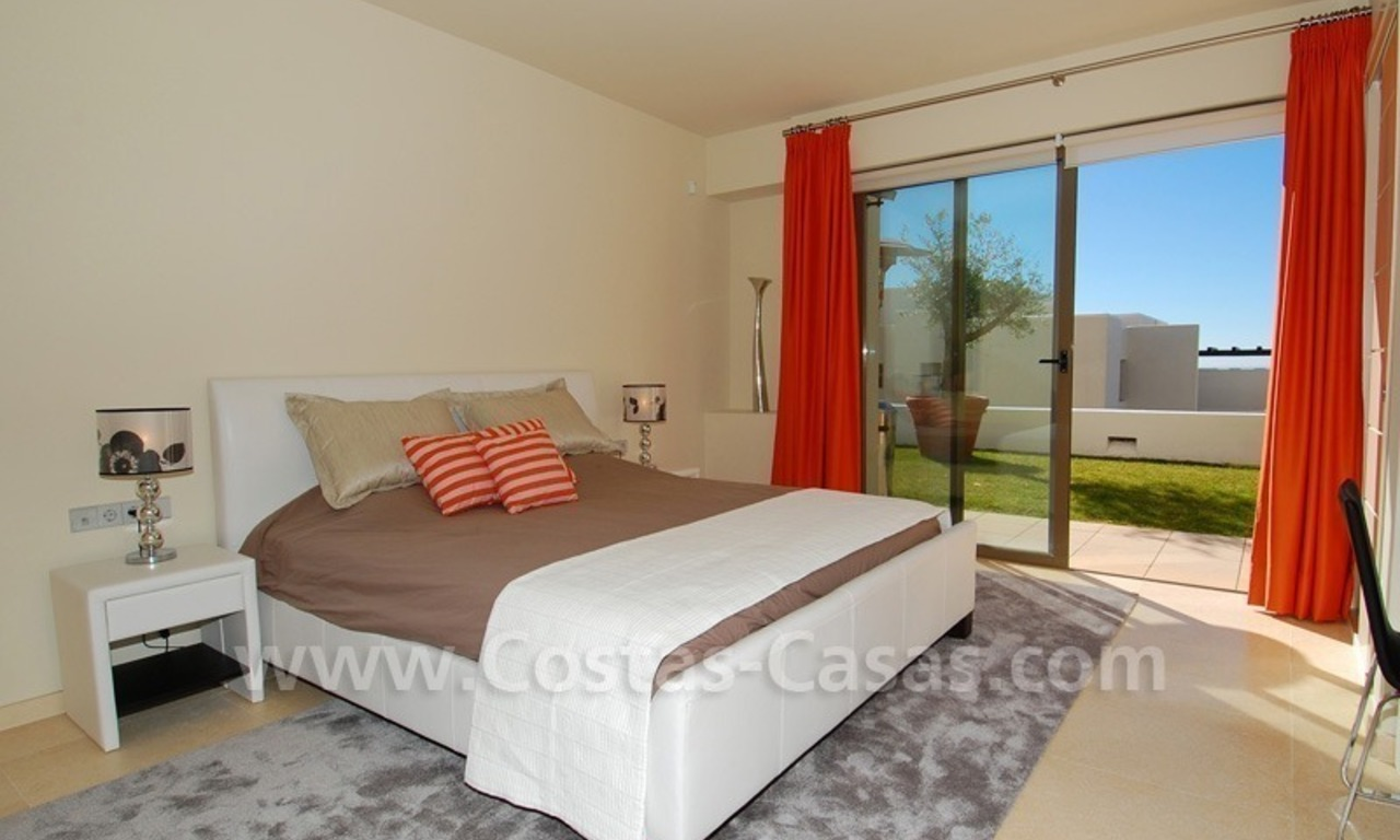 Bargain! Modern style luxury apartment for sale, golf resort, Marbella - Benahavis 24