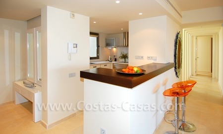 Bargain! Modern style luxury apartment for sale, golf resort, Marbella - Benahavis 20