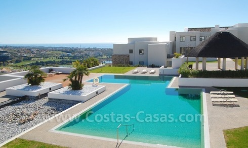 Bargain! Modern style luxury apartment for sale, golf resort, Marbella - Benahavis