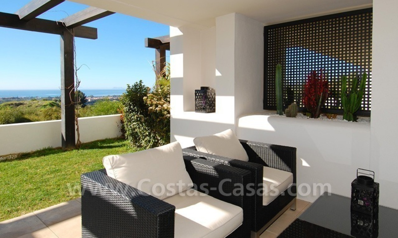 Bargain! Modern style luxury apartment for sale, golf resort, Marbella - Benahavis 10