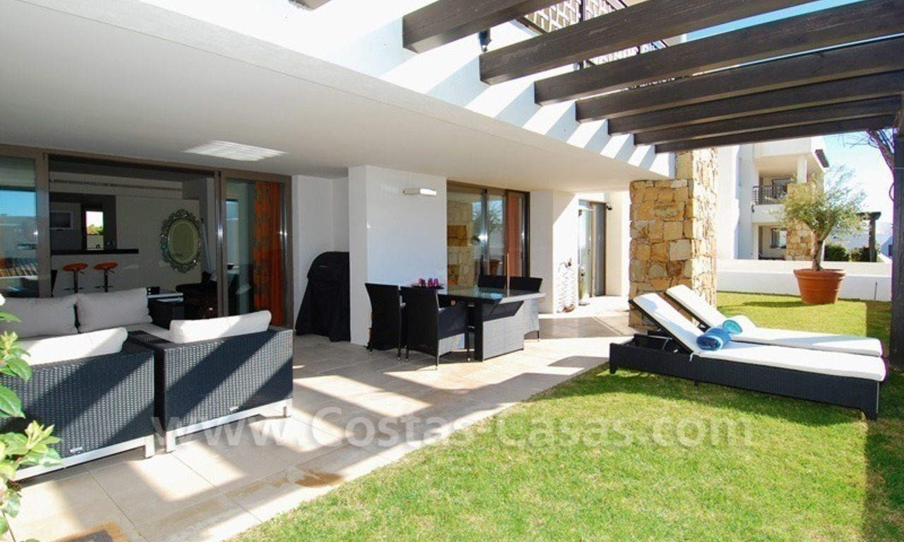 Bargain! Modern style luxury apartment for sale, golf resort, Marbella - Benahavis 8