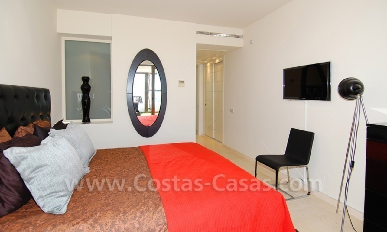 Bargain! Modern style luxury apartment for sale, golf resort, Marbella - Benahavis 25