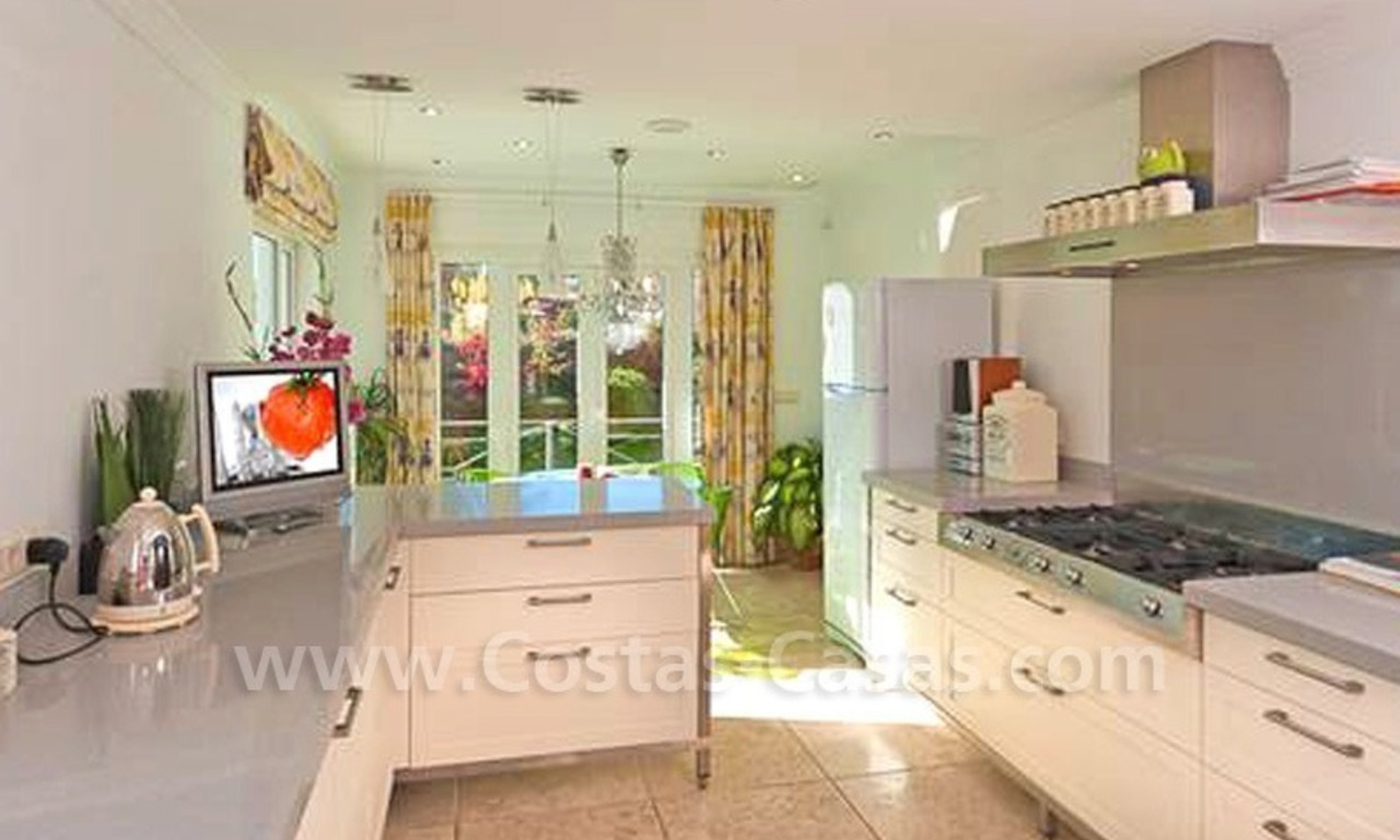 Contemporary villa for sale in Nueva Andalucia – Marbella 8