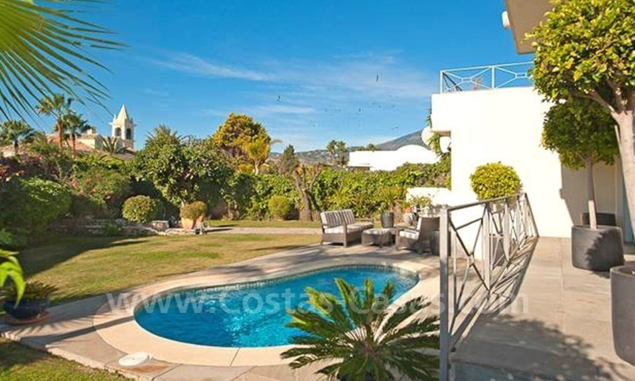 Contemporary villa for sale in Nueva Andalucia – Marbella 2