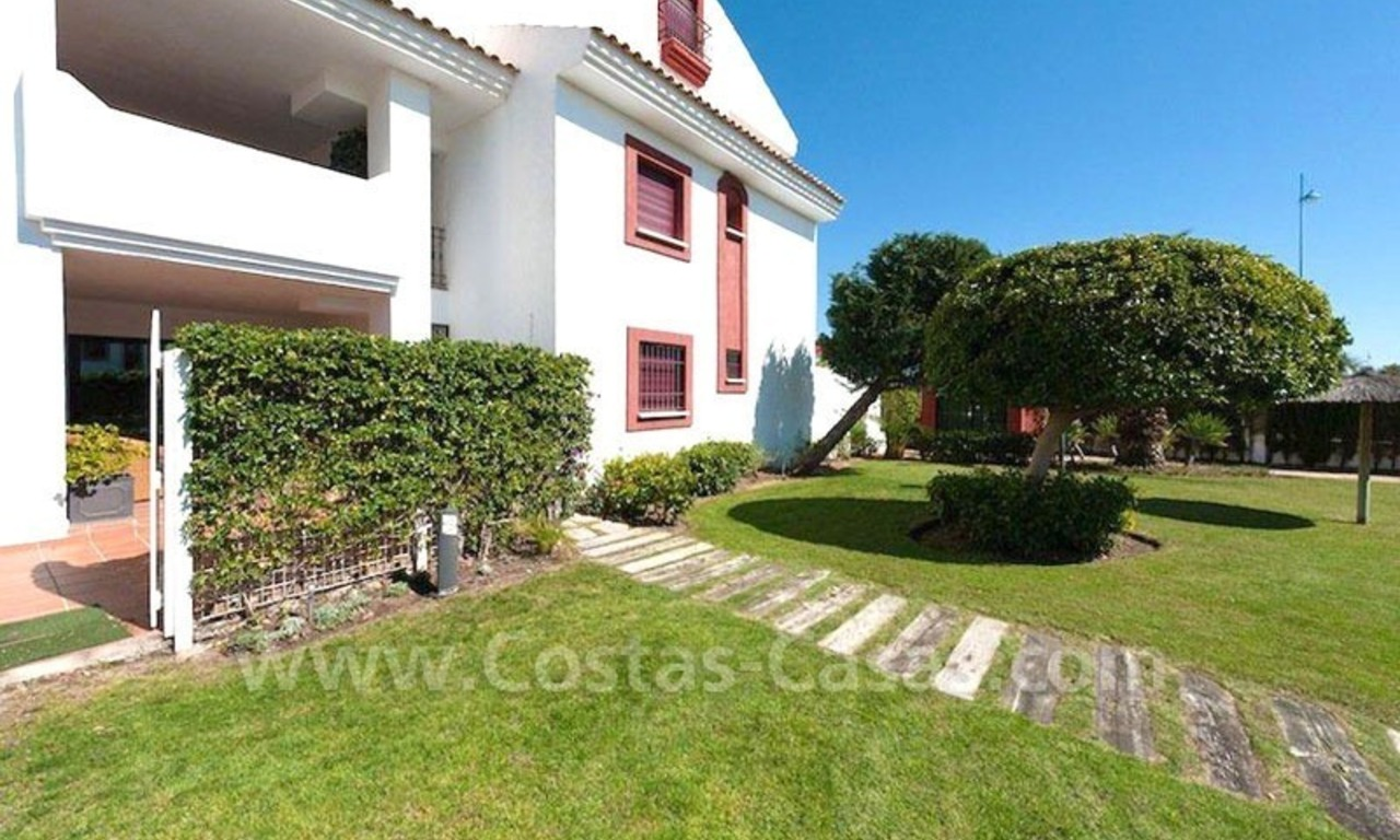 Beachside apartment for sale in Marbella 3