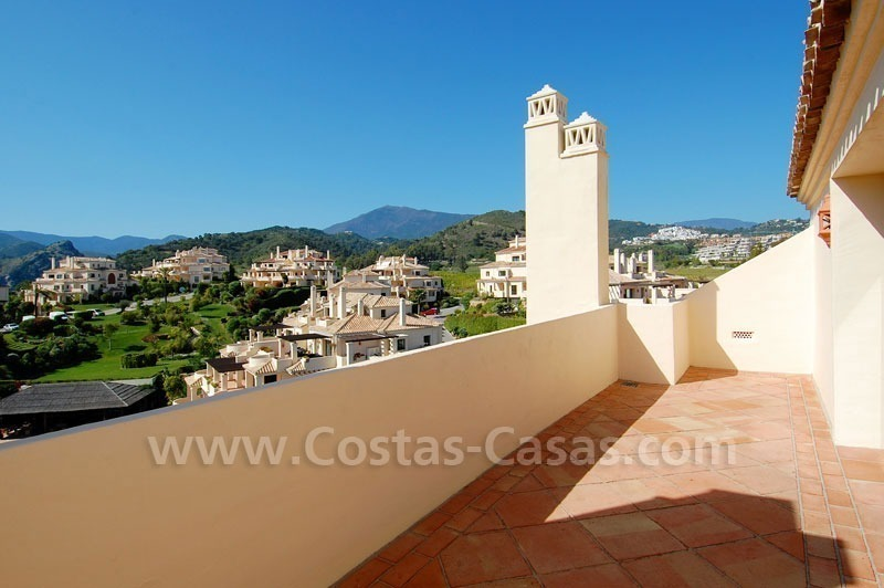 Luxury ample penthouse apartment for sale on golf course, Marbella – Benahavis 3