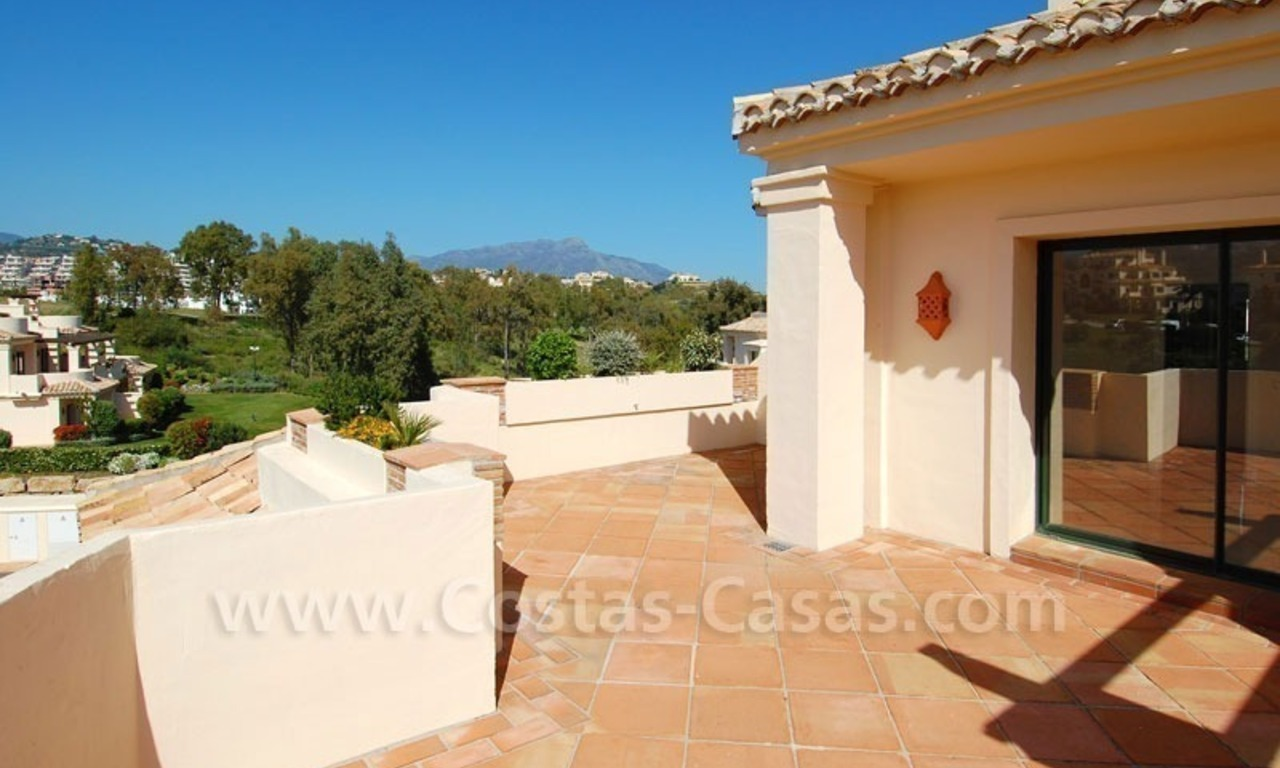 Luxury ample penthouse apartment for sale on golf course, Marbella – Benahavis 2