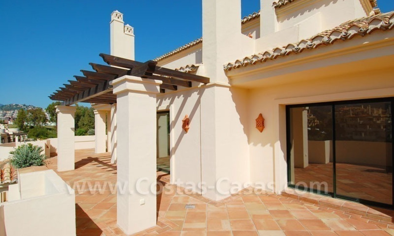 Luxury ample penthouse apartment for sale on golf course, Marbella – Benahavis 1