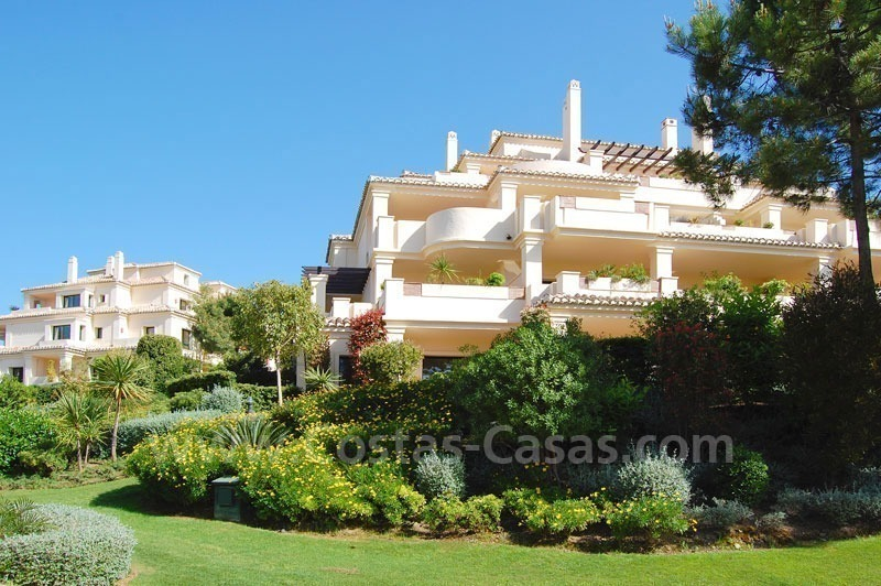 Luxury ample penthouse apartment for sale on golf course, Marbella – Benahavis 18