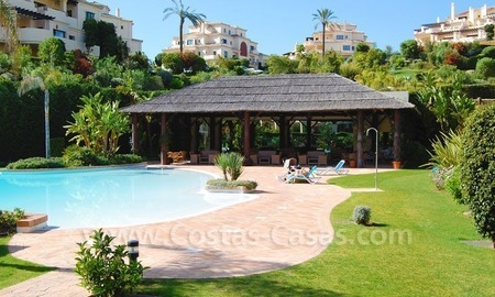 Luxury ample penthouse apartment for sale on golf course, Marbella – Benahavis 16