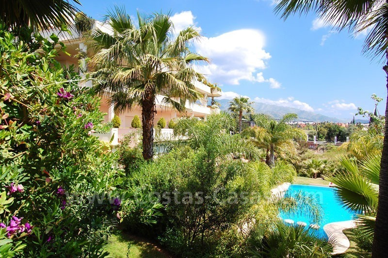 Exclusive penthouse apartment for sale on the Golden Mile in Marbella 22