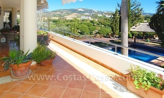 Frontline golf villa for sale in Marbella, walking distance to beach 16