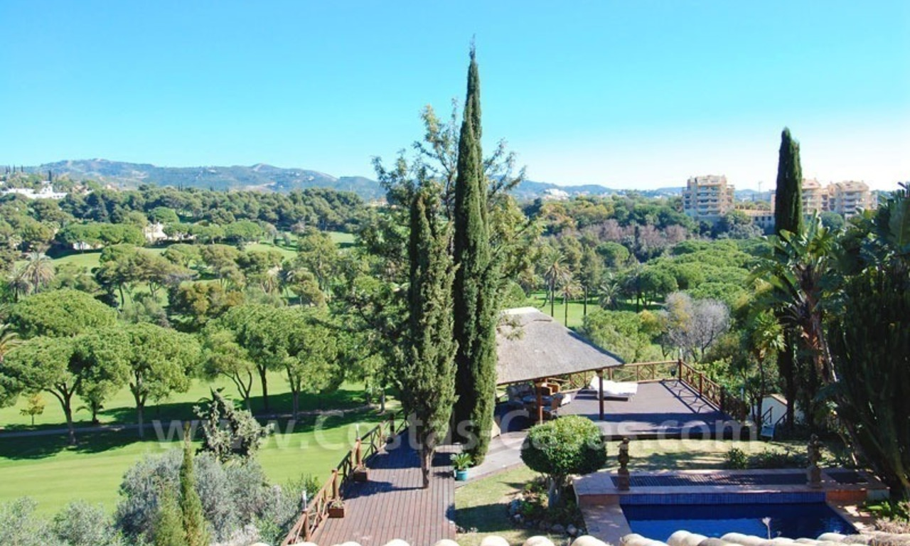 Frontline golf villa for sale in Marbella, walking distance to beach 0