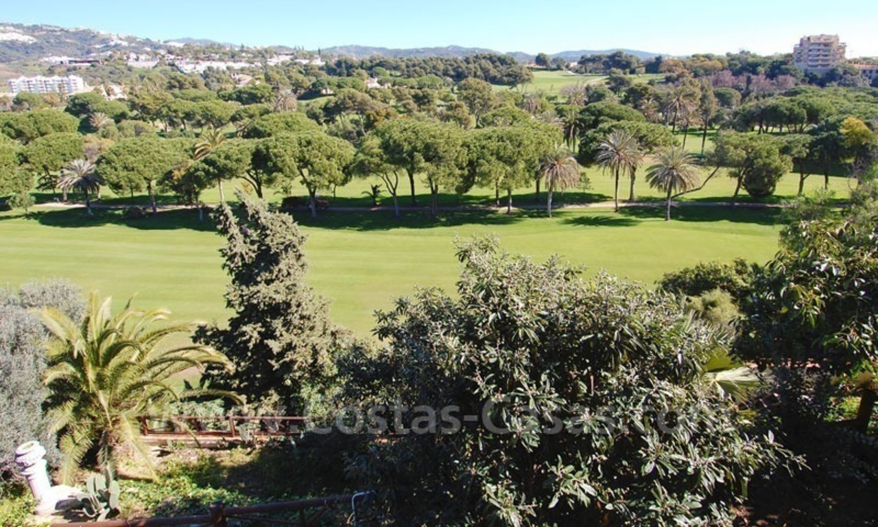 Frontline golf villa for sale in Marbella, walking distance to beach 1