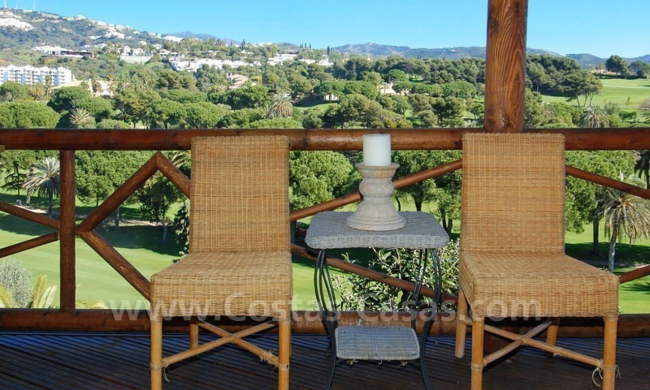 Frontline golf villa for sale in Marbella, walking distance to beach 4