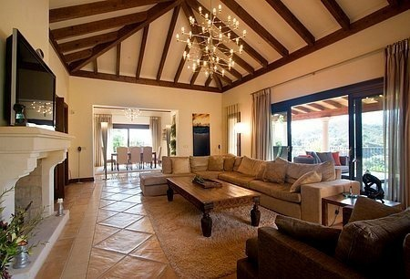 Luxury villa for sale in Golf Resort in Marbella - Benahavis 2