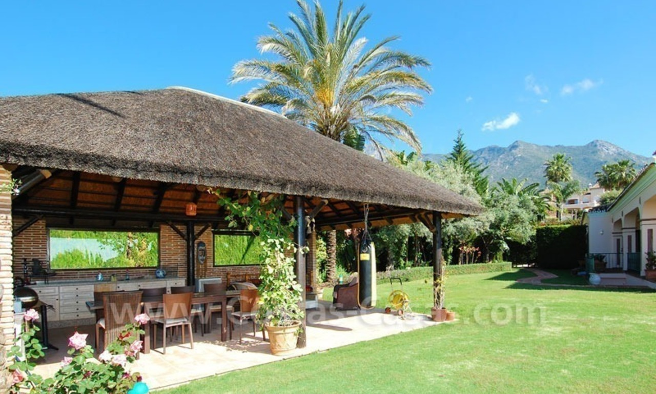 Bargain luxury villa for sale in Sierra Blanca, Marbella 8