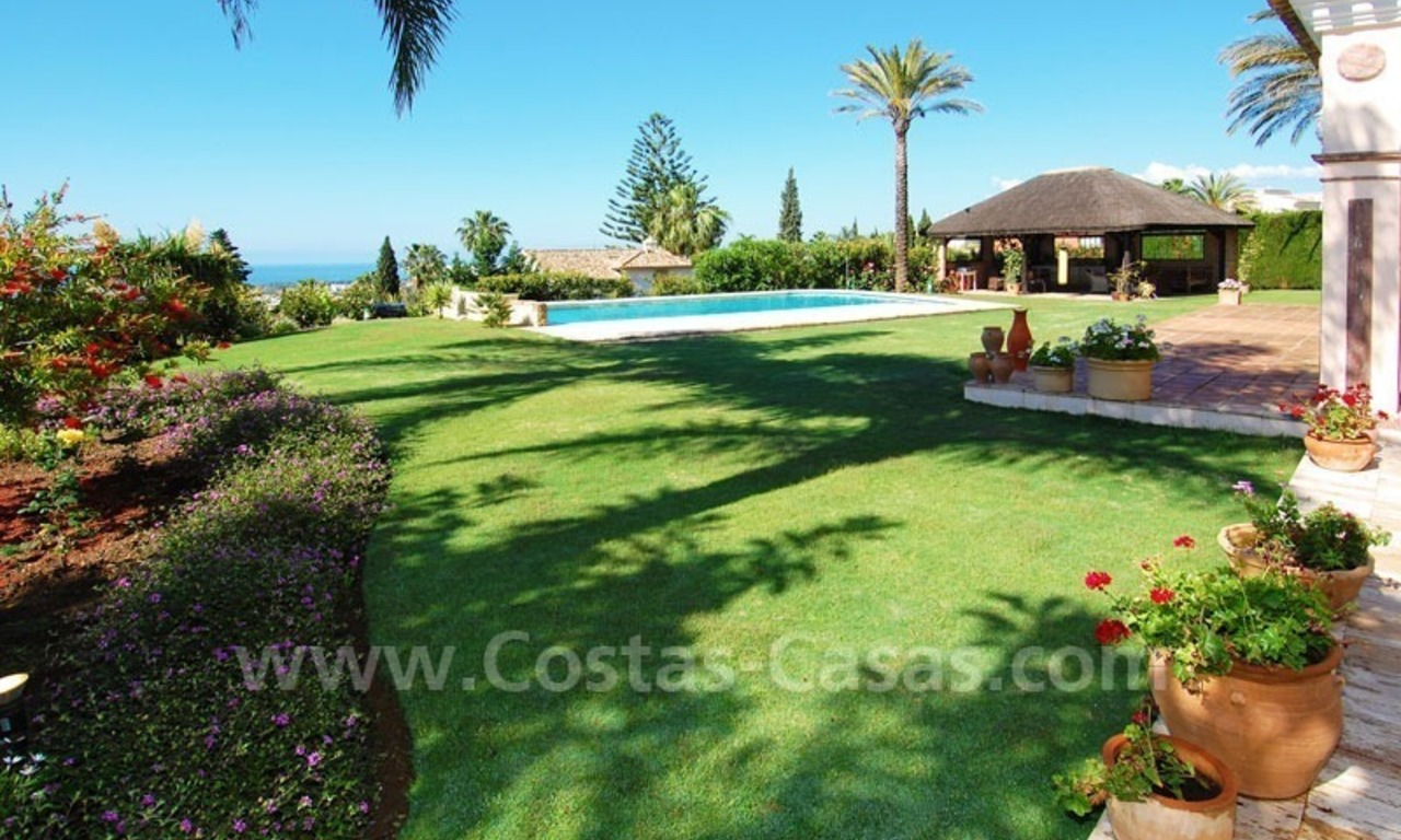 Bargain luxury villa for sale in Sierra Blanca, Marbella 11