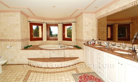 Bargain luxury villa for sale in Sierra Blanca, Marbella 25