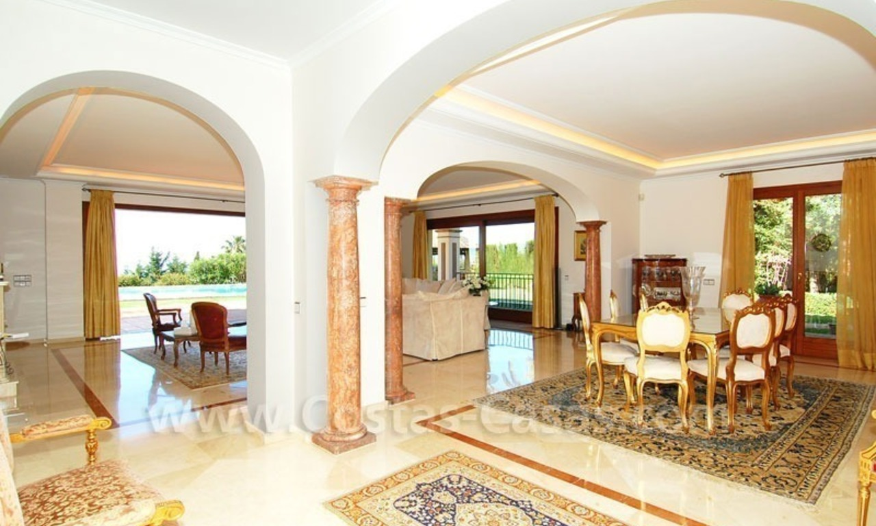 Bargain luxury villa for sale in Sierra Blanca, Marbella 19