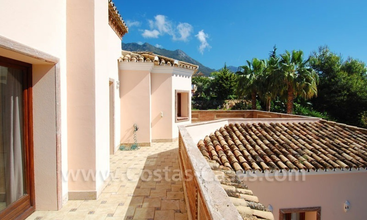 Bargain luxury villa for sale in Sierra Blanca, Marbella 27