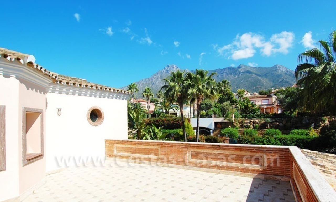 Bargain luxury villa for sale in Sierra Blanca, Marbella 28