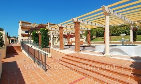 Bargain townhouses for sale on the Golden Mile in Marbella 21