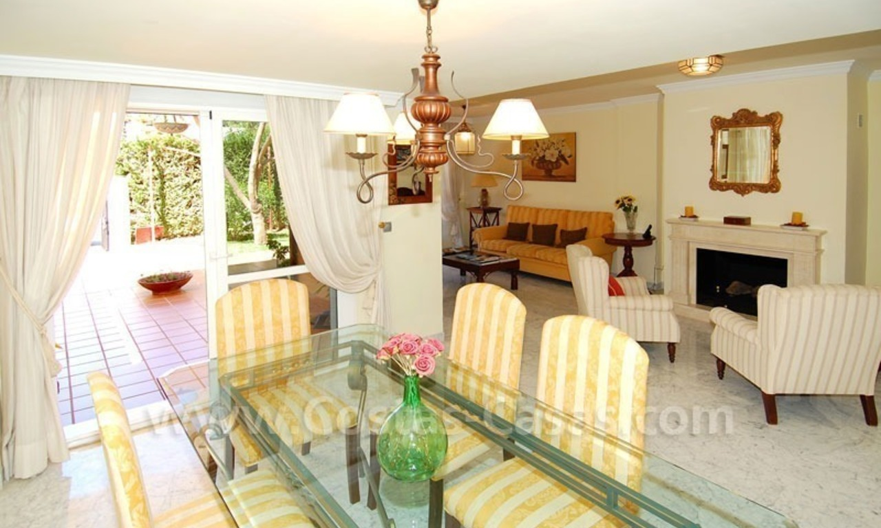 Bargain townhouses for sale on the Golden Mile in Marbella 10
