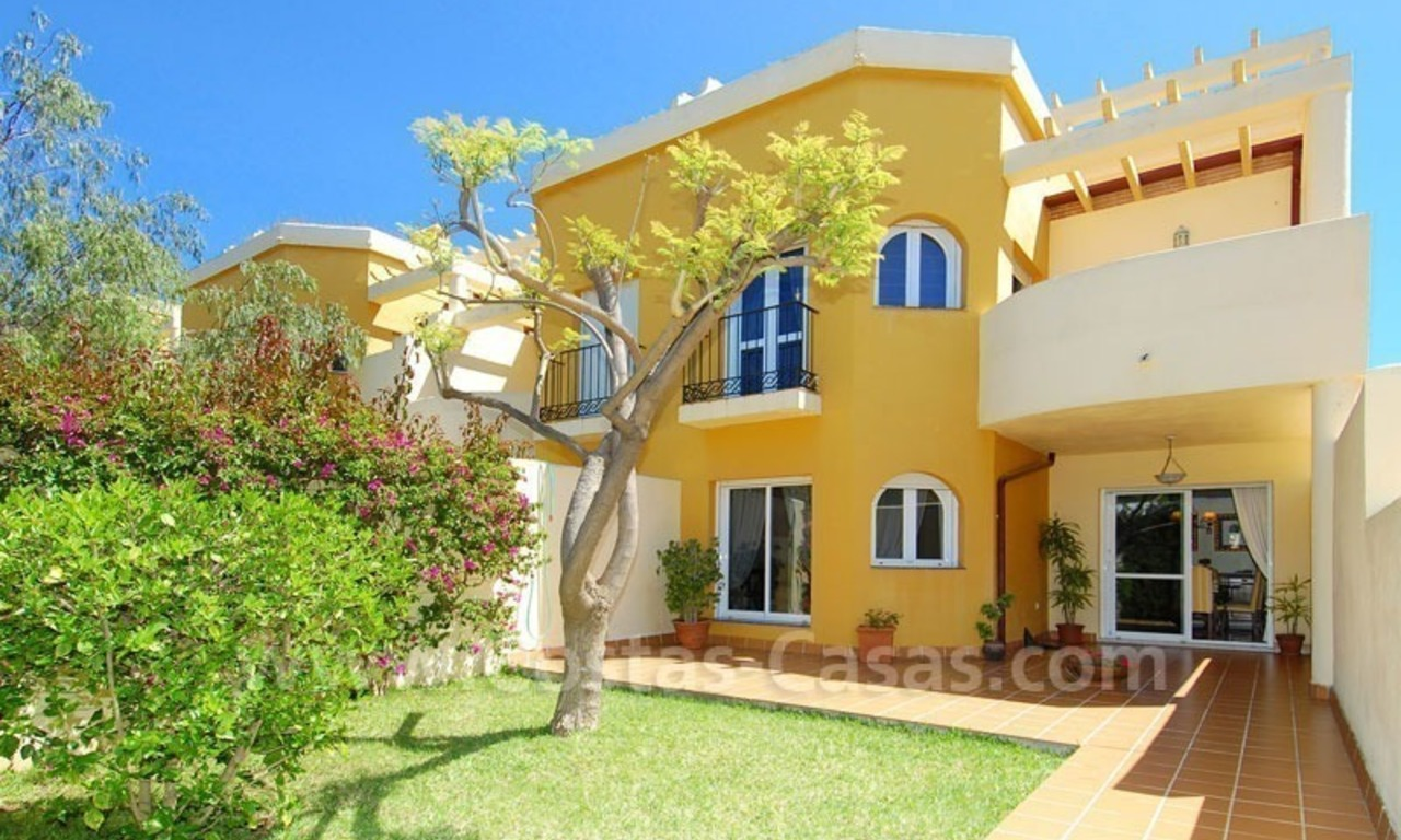 Bargain townhouses for sale on the Golden Mile in Marbella 9