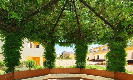 Bargain townhouses for sale on the Golden Mile in Marbella 23