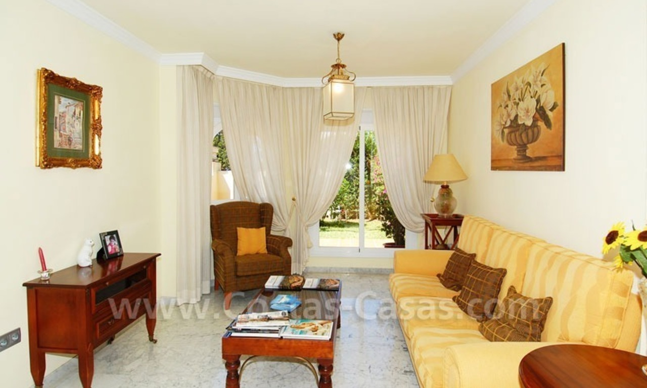 Bargain townhouses for sale on the Golden Mile in Marbella 12