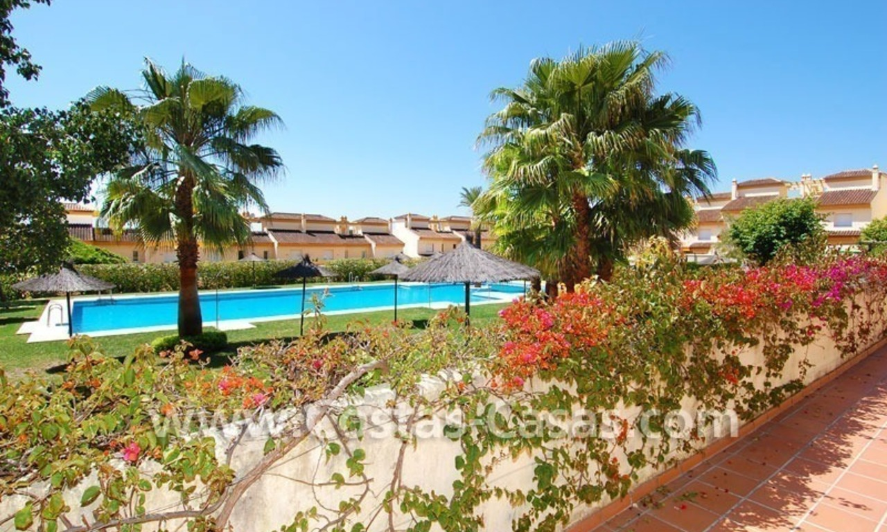 Bargain townhouses for sale on the Golden Mile in Marbella 26