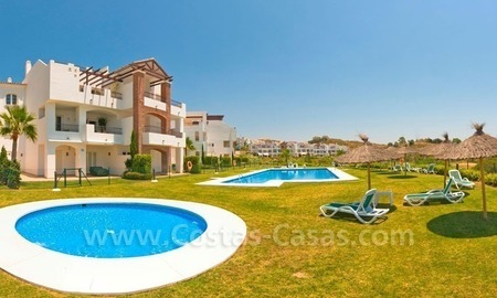 Ready to move in Bargain golf apartments and penthouses for sale in Marbella - Benahavis with golf and sea views 1