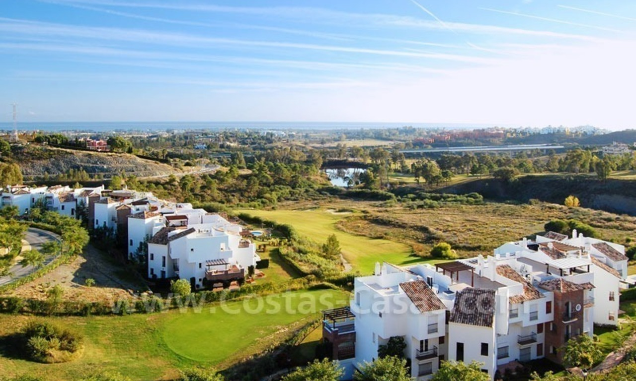Ready to move in Bargain golf apartments and penthouses for sale in Marbella - Benahavis with golf and sea views 10
