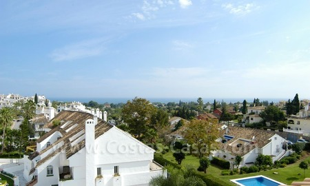 Bargain penthouse apartment for sale in Nueva Andalucía, Marbella  0