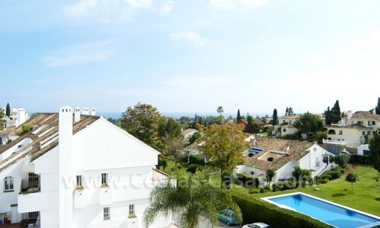 Bargain penthouse apartment for sale in Nueva Andalucía, Marbella 3