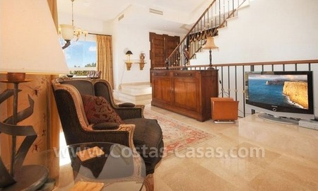 Bargain modern Andalusian style villa to buy in Marbella 14
