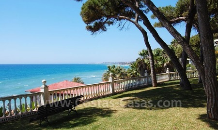 Spacious apartment for sale on the beachfront complex in Marbella on the Golden Mile 2