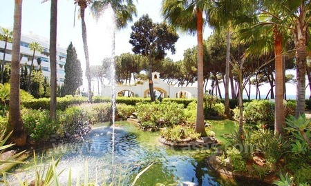 Spacious apartment for sale on the beachfront complex in Marbella on the Golden Mile 10