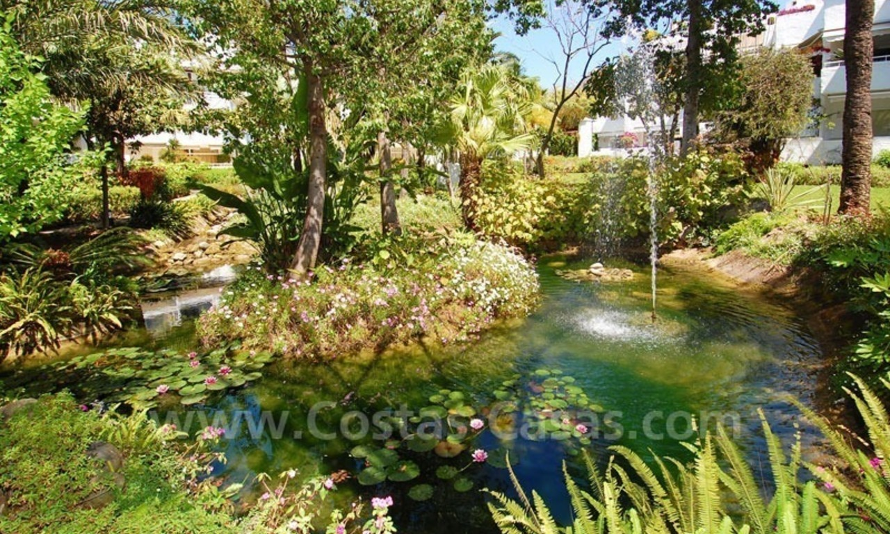 Spacious apartment for sale on the beachfront complex in Marbella on the Golden Mile 13