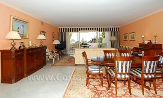Spacious luxury apartment for sale on a frontline beach complex in Puente Romano, Golden Mile – Marbella 9