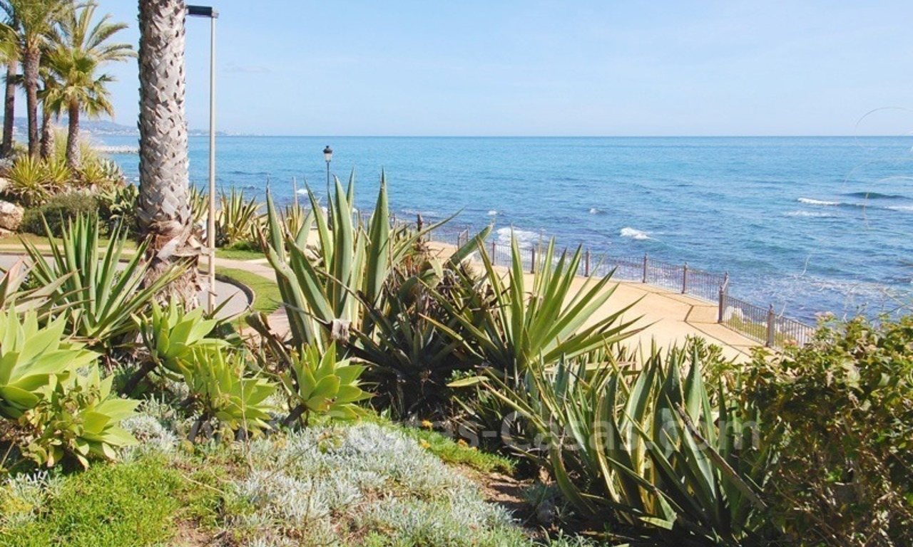 Spacious luxury apartment for sale on a frontline beach complex in Puente Romano, Golden Mile – Marbella 16