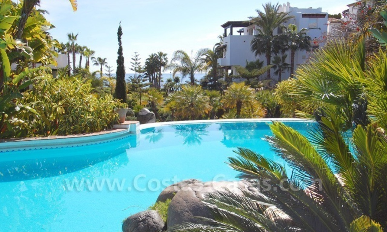 Spacious luxury apartment for sale on a frontline beach complex in Puente Romano, Golden Mile – Marbella 25