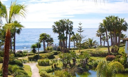 Spacious luxury apartment for sale on the beachfront complex in Golden Mile – Marbella