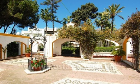 Spacious duplex penthouse apartment to buy on the beachfront complex in Marbella on the Golden Mile 8