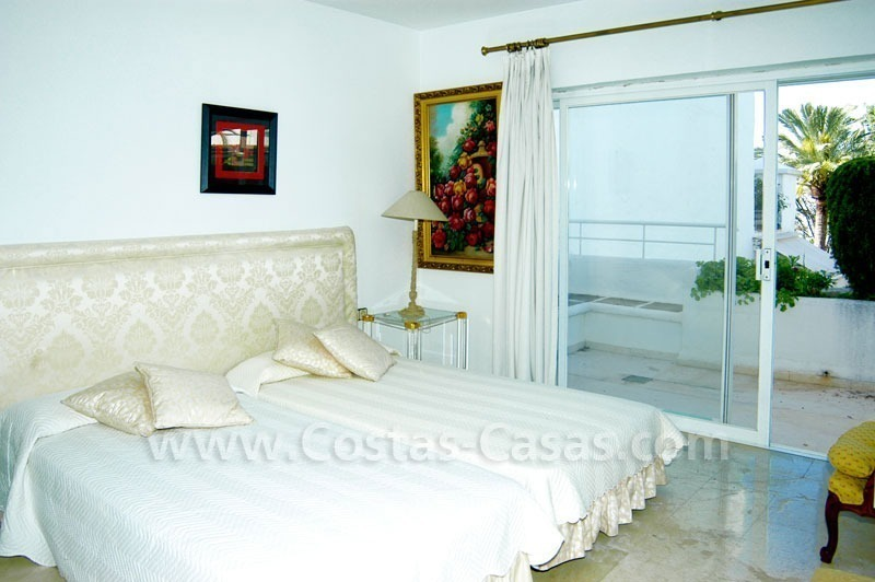 Spacious duplex penthouse apartment to buy on the beachfront complex in Marbella on the Golden Mile 26