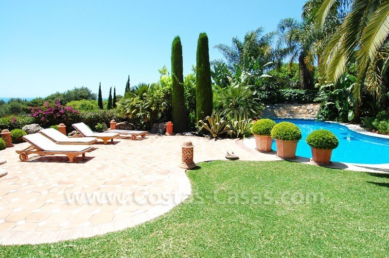 Luxury classical style villa to buy in Sierra Blanca, Marbella 4